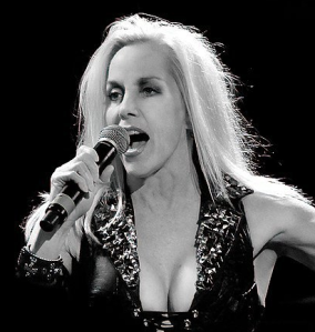 Cherie Currie_live[1]